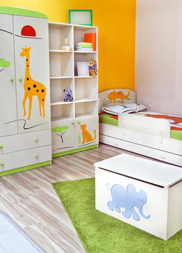 Boy's Bedroom Idea 6 – Bright Safari Theme