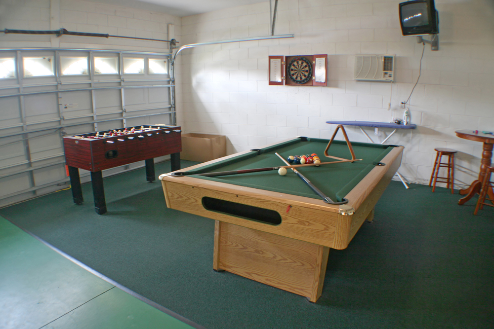 Garage Man Cave With Pool Table : The coolest ultimate man cave ideas homely vista